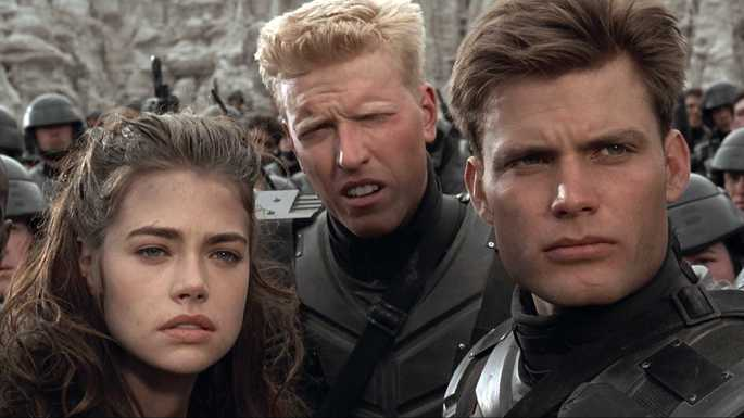 34- Starship Troopers