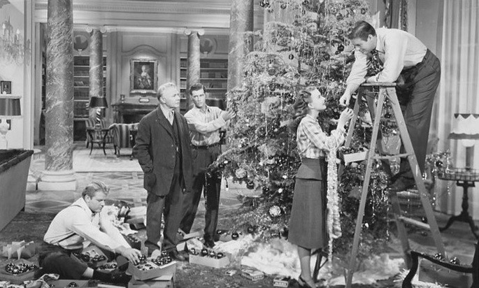 54 Peliculas de Navidad - It Happened on 5th Avenue