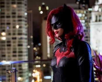 ¡Estrenan nuevo poster de Batwoman!