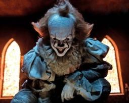 It 2 | Los actores hablan de lo aterradora que será en un nuevo video promocional